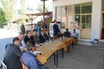 KARAYOLLARI - Kaymakam Ve Belediye Başkanı Vatandaşların Sorunlarını Dinledi