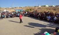 Midyat'ta Bulunan Sığınmacılar Konserde Gönüllerince Eğlendi