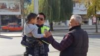 KÜÇÜK ÇOCUK - Polis Amca Sevgisi