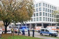 MÜNİH - Polis Her Yerde Saldırganı Arıyor