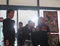 DEVRIM - Polisi Gördü, Cama Çarptı, Paralar Saçıldı