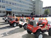 TRAFİK EĞİTİMİ - Rize Polisinden Çocuklara Akülü Araçla Trafik Eğitimi