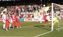 MEHMET YIĞIT - 4 gollü maçta kazanan yok