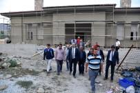 SOSYAL TESİS - Başkan Altay Yapımı Devam Eden Tepekent Sosyal Tesisini İnceledi