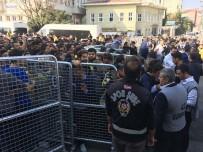 EZİLME TEHLİKESİ - Kadıköy'de Derbi Gerginliği
