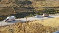 Otomobil Çaya Uçtu Açıklaması 1 Polis Hayatını Kaybetti, 1 Polis Yaralandı