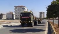 AFRİN - Sınıra fırtına obüs ve tank sevkiyatı