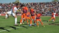 UŞAKSPOR - TFF 3. Lig 3. Grup UTAŞ Uşakspor Açıklaması 1 - Karacabey Birlikspor Açıklaması 0