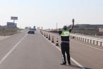 TRAFİK GÜVENLİĞİ - Trafikte Ceza Yağdı Açıklaması 8 Günde 819 Bin 980 TL Ceza