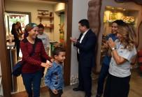 ZİYARETÇİLER - 100 Bininci Müze Ziyaretçisine Sürpriz