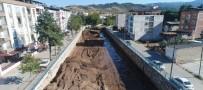 Ahmetli Çayı'na 2 Buçuk Kilometrelik Korkuluk