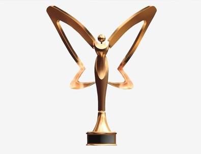 Altın Kelebek Ödülleri'ne ateş püskürdü