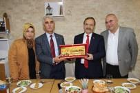 HÜSEYIN DEMIR - Başkan Şahin Bafra'nın Misafirperverliğini Gösterdi