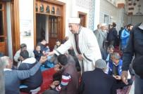 Iğdır Ulu Camii'nde Aşura İkramı