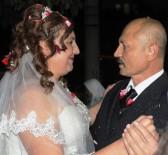 Kanserli Ramazan Ve Gülsüm Evlendiler Birlikte Kanseri Yenmeye Çalışıyorlar