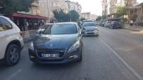 TİCARİ ARAÇ - Manavgat'ta Zincirleme Kaza Açıklaması 1 Yaralı