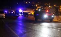 TERÖRİSTLER - Mardin'de Zırhlı Aracın Geçişi Sırasında Patlama