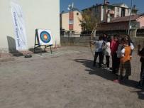 AŞKALE KAYMAKAMI - 'Mobil Gençlik Merkezim' İlçelere Taşındı