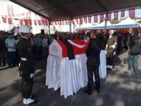 ASKERİ TÖREN - Şehit Asker Son Yolculuğuna Uğurlandı