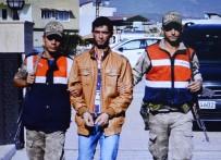 KAÇAK - Türkiye'ye girmeye çalışan terörist sınırda yakalandı