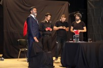 Uyuşturucunun Zararları Tiyatro Oyunu İle Anlatıldı