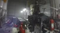 ORGANİZE SANAYİ BÖLGESİ - Alüminyum Fabrikasında Yangın Açıklaması2 Yaralı