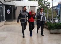 Dolandırıcılık Şüphelisi Kardeşine Ait Sahte Kimlikle Yakalandı