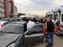 Fatsa'da Zincirlime Trafik Kazası Açıklaması 2 Yaralı