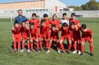 Gölbaşı Belediyespor U12 Futbol Takımı Grubunda Şampiyon Oldu