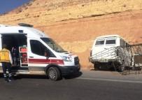Minibüs Yoldan Çıktı Açıklaması 1 Yaralı