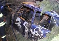 Otomobil Askeri Lojmanların Bahçesine Uçtu Açıklaması 2 Yaralı