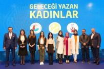 İŞ DANIŞMANI - Yazılımın Sultanları Ödüllerini Aldı