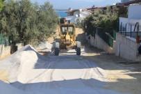 İSMAİL RÜŞTÜ CİRİT - Burhaniye Pelitköy Sahilinde Yeni Yollar Yapılıyor