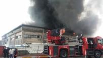 KAVAKLı - İstanbul'daki Fabrika Yangını Söndürüldü