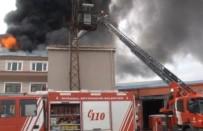 KAVAKLı - İstanbul Tekstil Fabrikasında Yangın