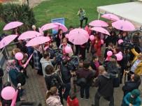 ÜSKÜDAR BELEDİYESİ - Meme Kanserine Farkındalık İçin Boğaz Turu Yaptılar