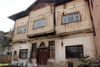 HARABE - Restore Ettiremediği Eski Vali Konağını 1 Milyon 200 Bin Liraya Satışa Çıkardı