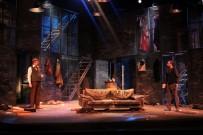 SOKAK ÇOCUKLARı - Şehir Tiyatroları Kasım'da Da Birçok Oyunla Seyircinin Karşısına Çıkacak