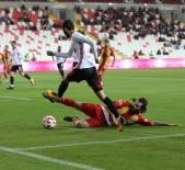 MUHAMMET DEMİR - Sivasspor Üst Tura Çıktı