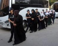 KORSAN GÖSTERİ - Sözde 'Değer Evleri'nde Teröristlere Yataklık Yaptılar