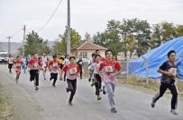 KAPAKLı - Sungurlu'da Kros Yarışları Nefes Kesti