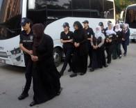 KORSAN GÖSTERİ - Teröristleri 'Değer Evleri'nde Barındırmışlar