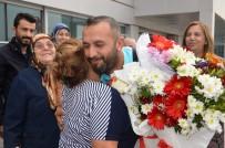 SEVINDIK - Türkiye'nin Gururu Olmuşlardı Açıklaması Memleketinde Coşkuyla Karşılandı