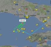HAVA TRAFİĞİ - Yağmur Bulutları İstanbul'da Hava Trafiğini Olumsuz Etkiledi