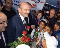 TRABZON VALİSİ - 'Biz Anadoluyuz' Projesi Kapsamında Şanlıurfa'dan Öğrenciler Uçakla Trabzon'a Geldi