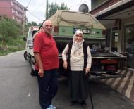 KILIMLI - Emine Teyze'nin Bağışladığı Otomobil Kızılay Yararına 10 Bin TL'ye Satıldı