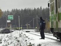 TREN KAZASı - Finlandiya'da tren, askeri araca çarptı! Ölü ve yaralılar var...