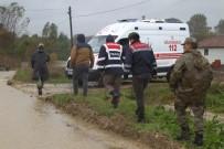 SEL FELAKETİ - Kayıp askerin cansız bedeni bulundu!
