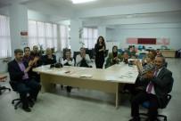 ENGELLİ ÖĞRENCİ - Nisanur İçin Öğretmenleri İşaret Dili Öğreniyor