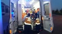 ÜÇGÖZ - Otomobil Şarampole Yuvarlandı Açıklaması 3 Yaralı